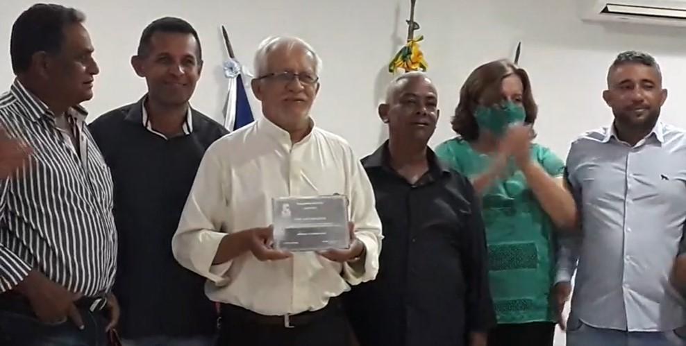 Padre Ramos é agraciado com Moção de Aplauso pela Câmara de Vereadores de Jeremoabo BA