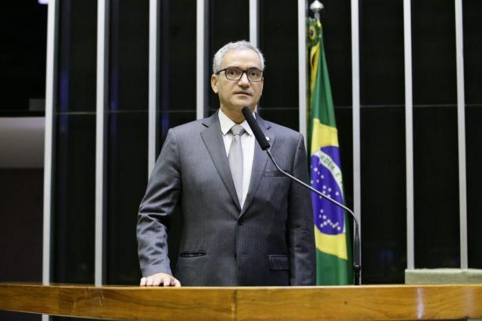 Hercílio Diniz: adiamento de tributos contribui para manter o emprego e a renda - (Foto: Acervo Câmara dos Deputados)