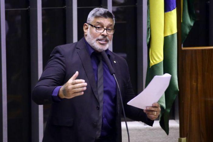 """Alexandre Frota: """"A administração pública não pode mais contribuir para o aumento da poluição ambiental"""" - (Foto: Cleia Viana/Câmara dos Deputados)"""