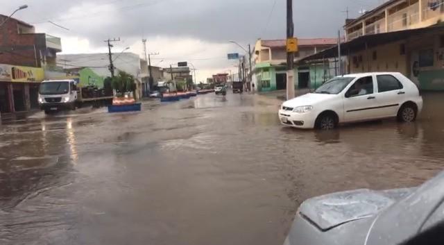Chuvas, abençoadas chuvas, chegam à região e trazem novas esperanças