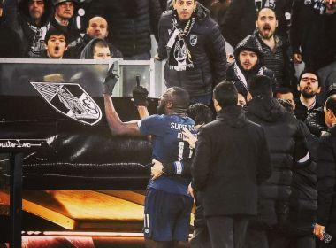 Futebol: Jogador do Porto (Portugal) abandona partida após ser alvo de insultos racistas