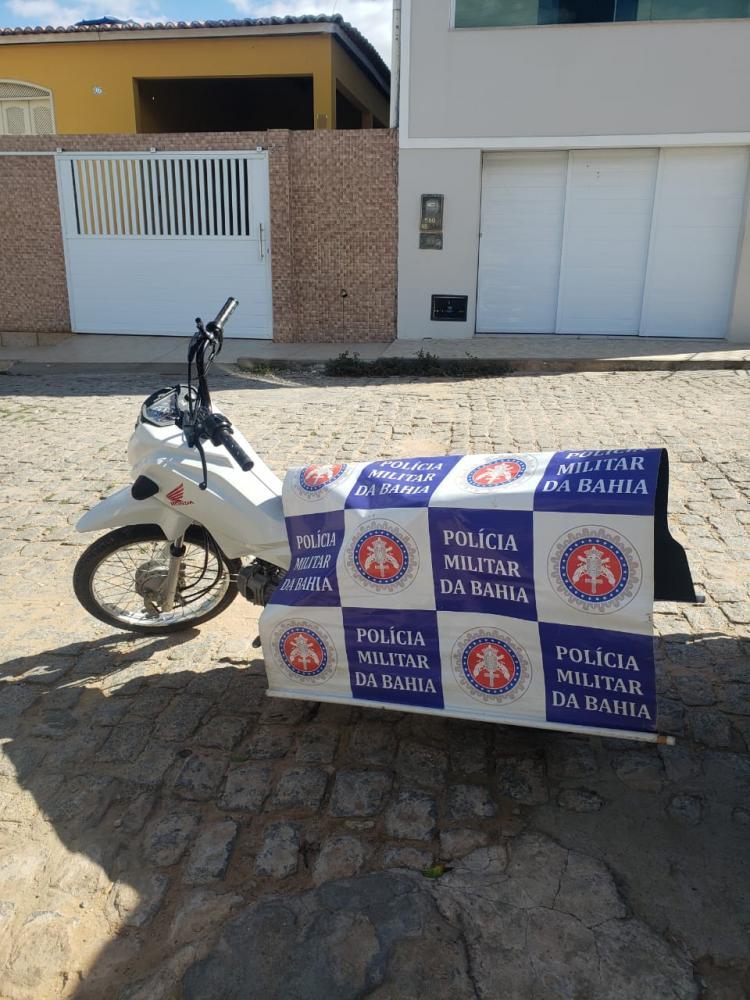 Moto roubada em Jeremoabo BA é encontrada abandonada