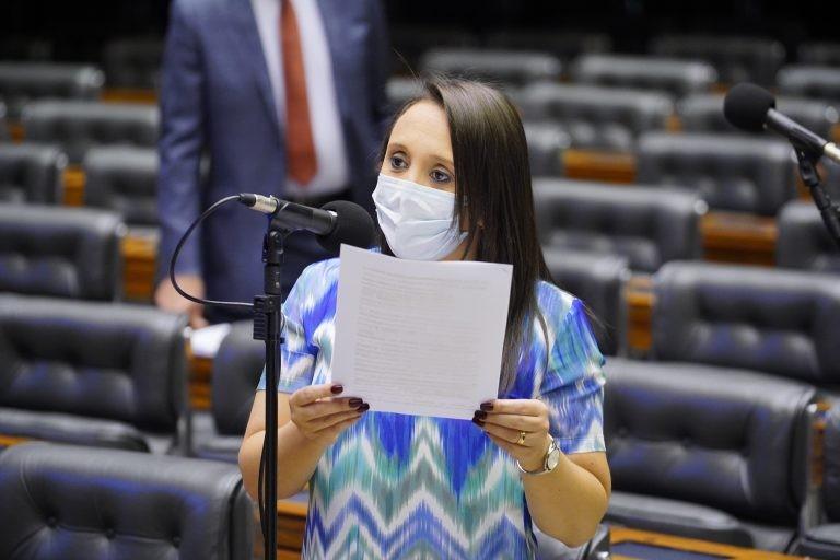 Renata Abreu: distritão deve ser usado em 2022 como transição para distrital misto - (Foto: Pablo Valadares/Câmara dos Deputados)