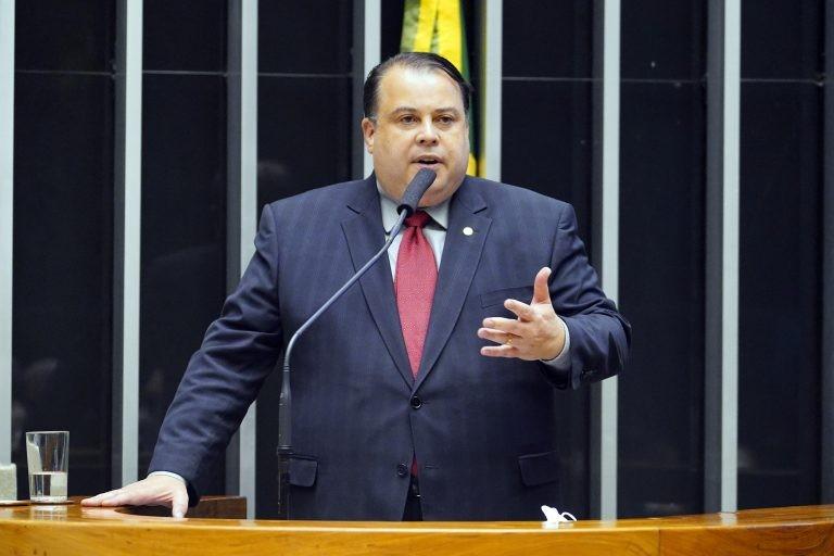 Deputado Julio Cesar Ribeiro, relator do projeto - (Foto: Pablo Valadares/Câmara dos Deputados)