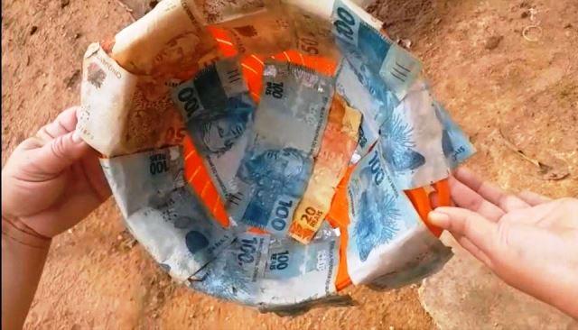 dinheiro recuperado