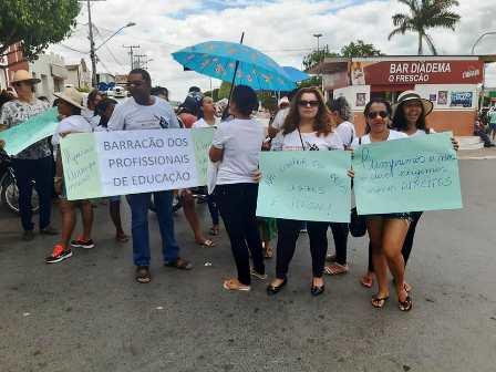 protesto pelo piso em 2019